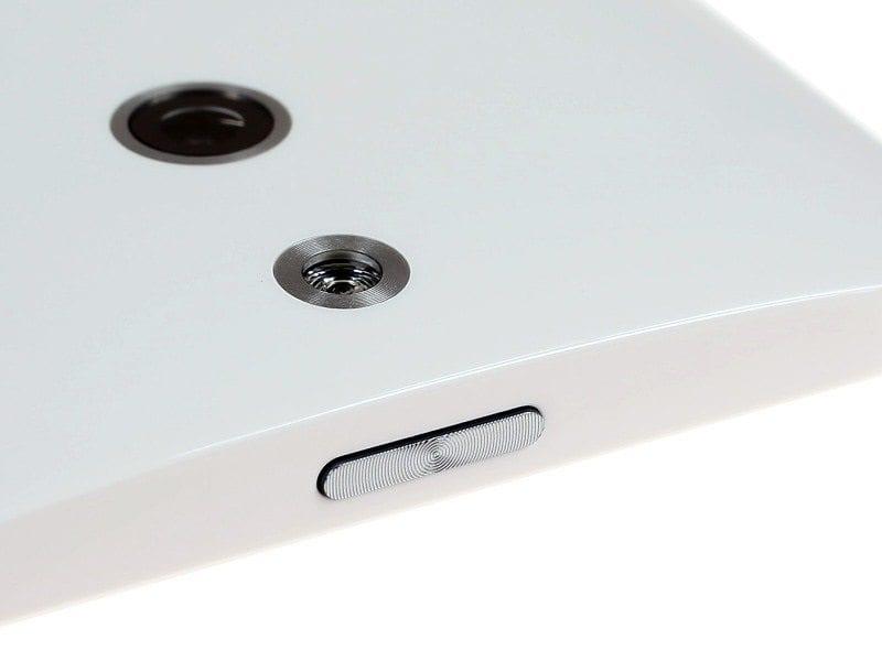 HTC One E8 - 124