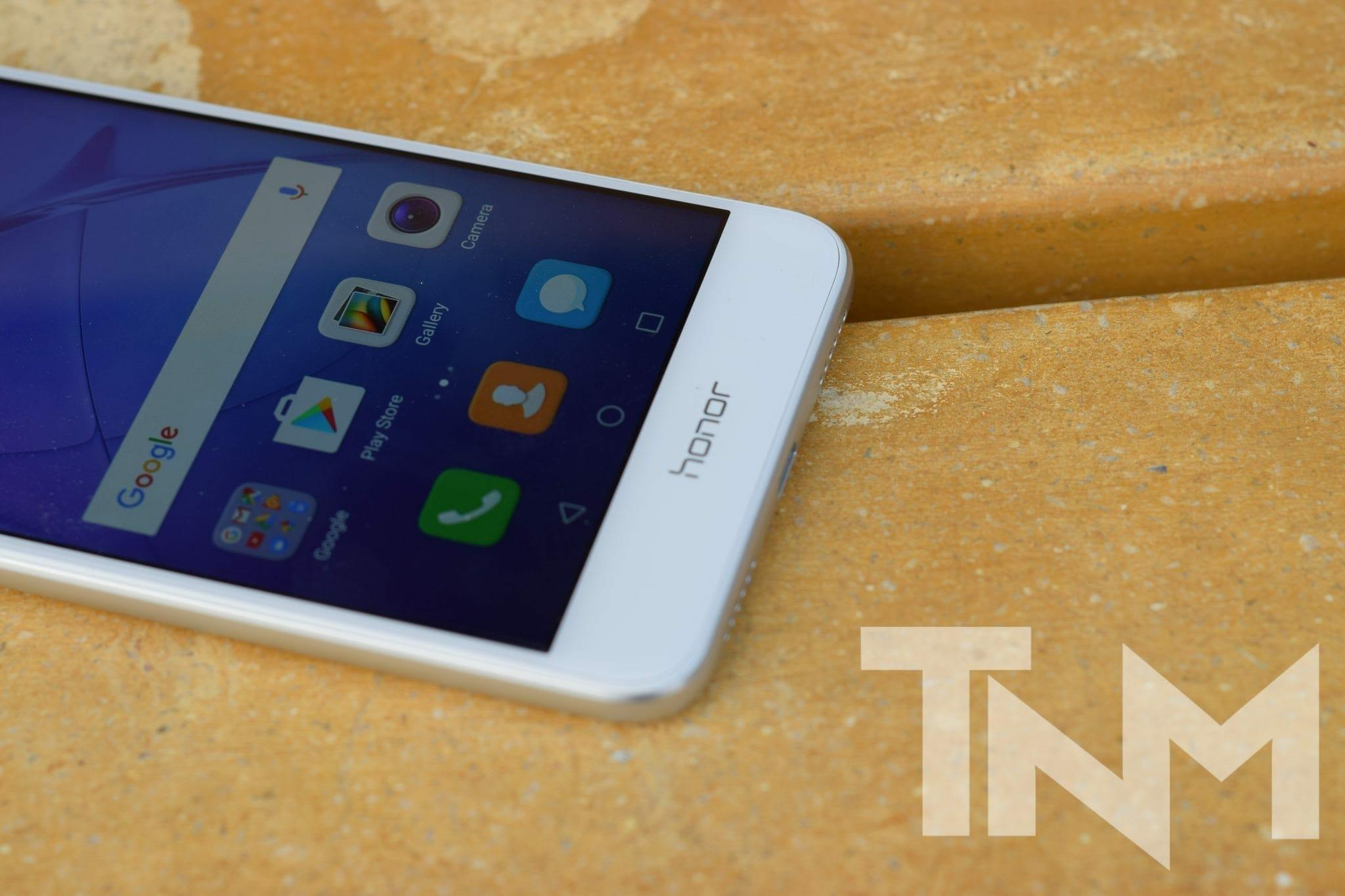 Huawei Honor 8 Lite Review | TheNerdMag
