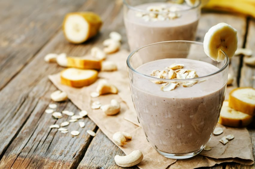 Banana Oatmeal Breakfast Smoothie - 5 Healthy Breakfast Smoothies For Weight Loss