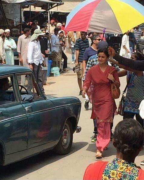 Raazi 2 - Alia Bhatt's de-glammed look in the film Raazi revealed in these leaked photos!