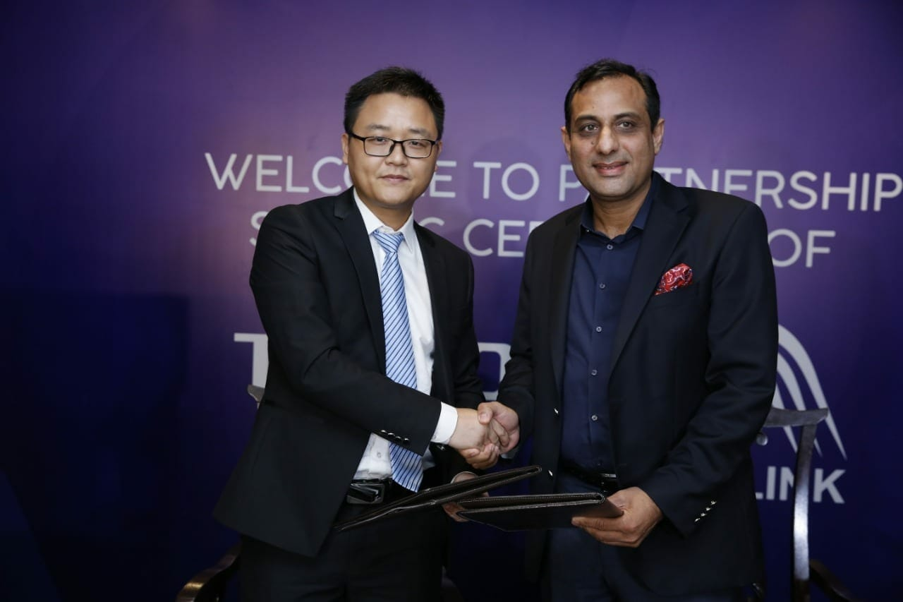Tecno Partners With Airlink 3 - TECNO joins hands with Airlink to expand its distribution network in Pakistan